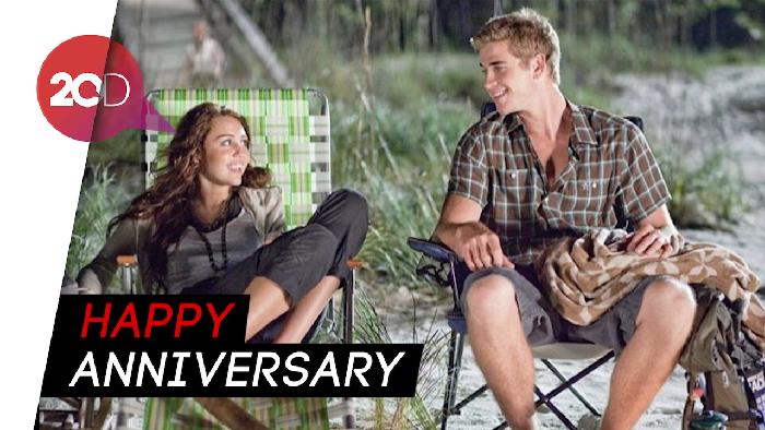 Miley Cyrus Rayakan 10 Tahun Perjalanan Cintanya dengan Liam