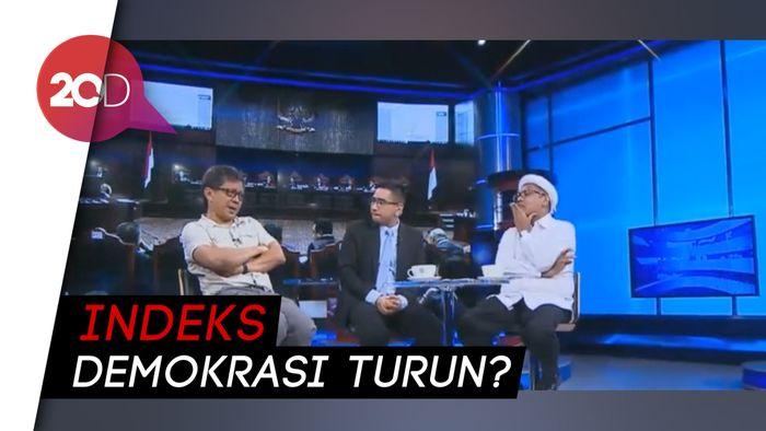 Debat Seru Rocky Gerung dan Ngabalin Soal Kualitas Demokrasi
