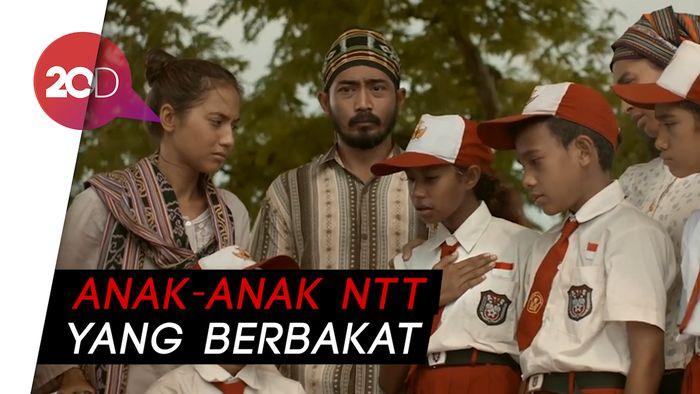 Ari Sihasale Buat Aktor Anak NTT 'Rumah Merah Putih' Nyaman Berakting