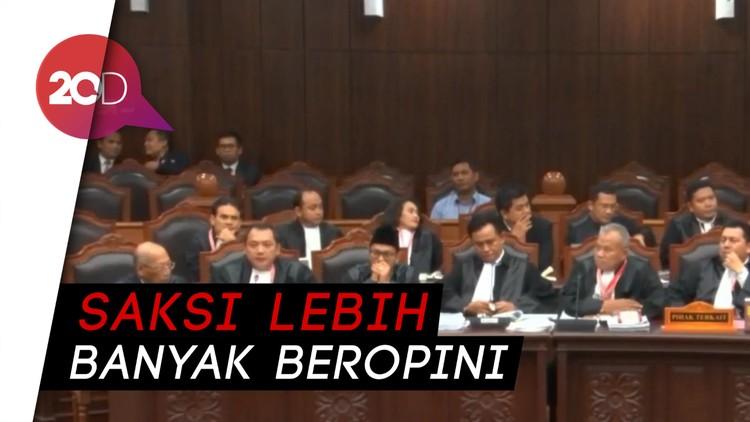 Tim Hukum Jokowi ke Saksi: Keterangannya Lebih Banyak Pendapat