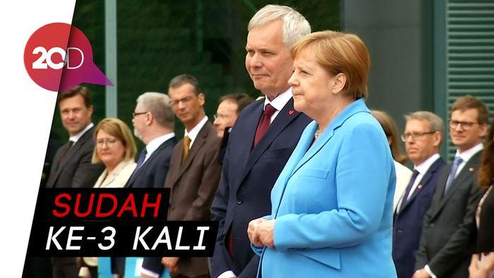 Kanselir Jerman Angela Merkel Kembali Gemetar di Depan Publik