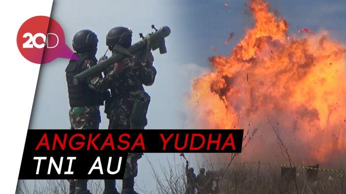 Pesawat Tempur TNI AU Terlibat Pertempuran Sengit di Langit Lumajang