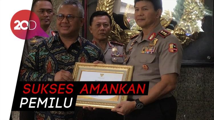 Permudah Kerja KPU, Polri Diganjar Penghargaan