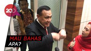Firli Bahuri Hindari Wartawan saat Masuk Ruang Rapat Komisi III DPR