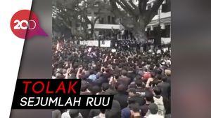 Mahasiswa di Malang Turun ke Jalan!