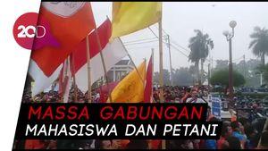 Ricuh Demo Tolak Revisi UU KPK di Jambi, 2 Mahasiswi Pingsan