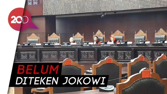 Sidang Revisi UU KPK, MK: Belum Memiliki Kepastian Hukum
