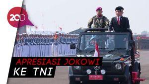 Jokowi Salami Prajurit di Akhir Upacara HUT ke-74 TNI