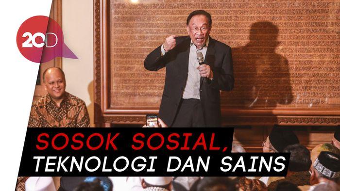 Anwar Ibrahim Kenang Sosok Habibie: Bekerja dari Hati Nurani