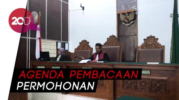 KPK Absen, Sidang Perdana Praperadilan Imam Nahrawi Diundur