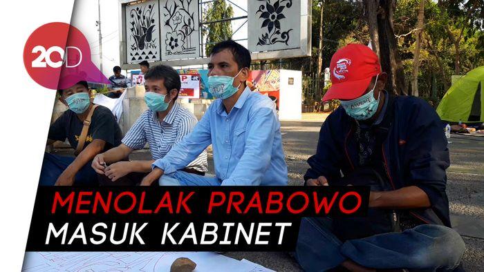 Aktivis 98 Gelar Aksi Tutup Mulut Depan Istana