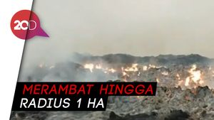 Gegara Puntung Rokok, Lahan Pembuangan Limbah di Bogor Terbakar