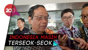 Mahfud Cerita Beda Perizinan di Indonesia dengan Singapura
