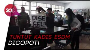Tuntut Kadis Dicopot, Massa Geruduk dan Usir PNS di Kantor ESDM Sultra