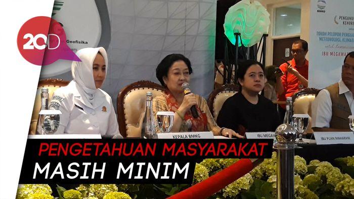 Megawati Minta Sekolah Aktif Ajarkan Penanganan Bencana
