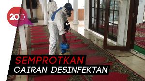 Cegah Corona, DMI Gelar Operasi Semprot Masjid di Jakarta