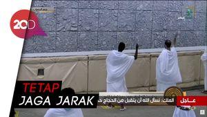 Jemaah Haji Lempar Jumrah dengan Batu Khusus