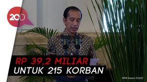 Jokowi Serahkan Kompensasi ke Korban Terorisme Masa Lalu