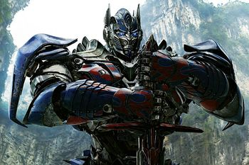 Pertarungan Epik di Teaser 'Transformers: The Last Knight'
