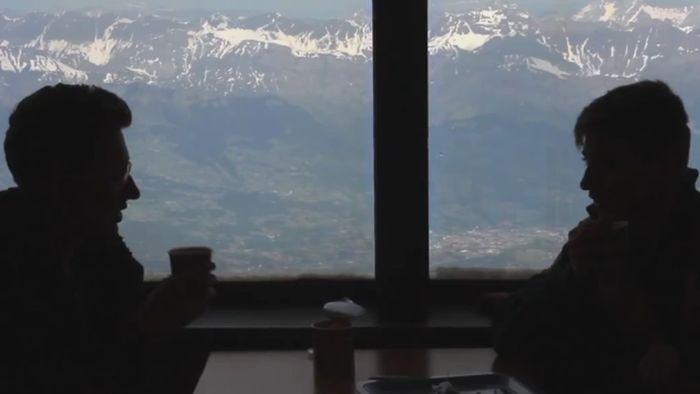 2 Restoran dengan Pemandangan Paling Keren Sedunia