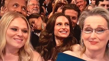 Ketahuan Tidur di Acara Oscar, Ini Tanggapan Kocak Chrissy Teigen