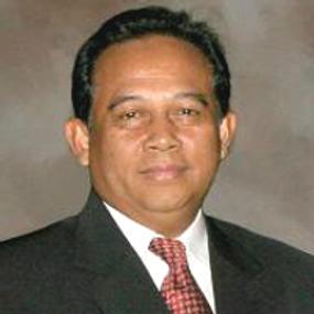 Iin Arifin Takhyan