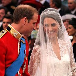 Kereta Kuda Bawa William & Kate ke Istana Buckingham