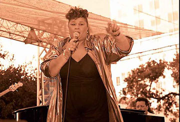 Penyanyi Soul Legendaris Etta James Digosipkan Wafat