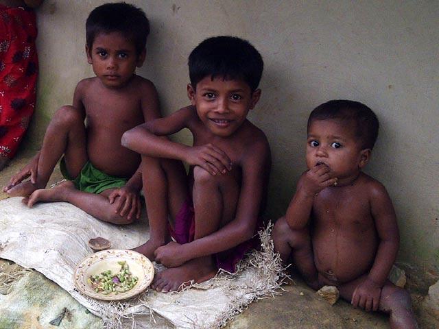 Gizi Buruk Serang Anak-anak Pengungsi Rohingya