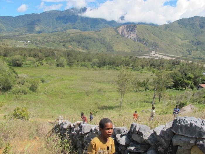 Lembah Baliem, Taman Bermain Anak Suku Dani