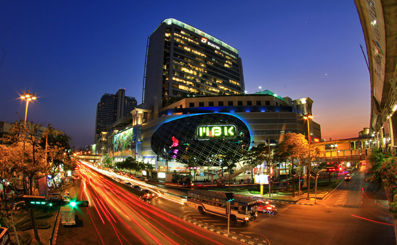 9 Surga Belanja di Bangkok, Shop Till You Drop!