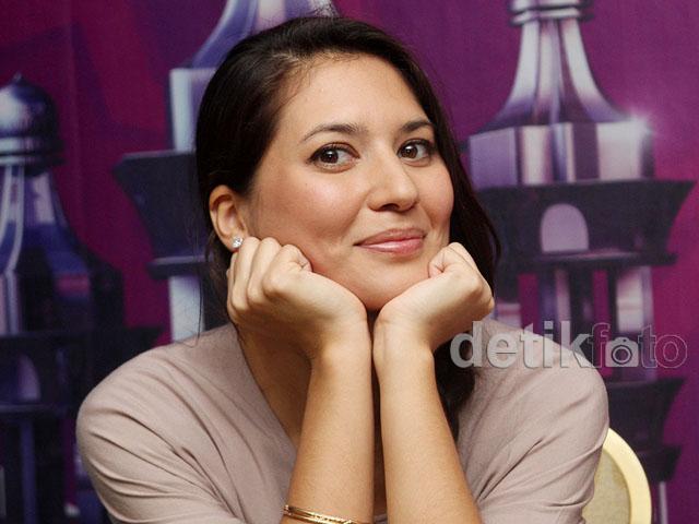 Hannah Al Rasyid Cinta Jajanan Khas Indonesia