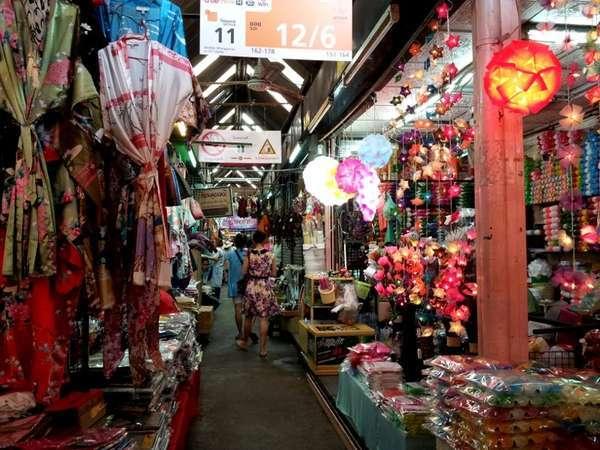 Akhir Pekan di Bangkok, Wajib Mampir ke Pasar Chatuchak