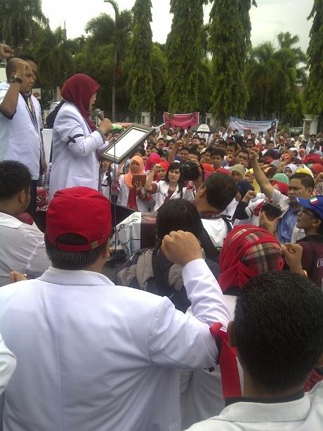 1.000-an Dokter di Makassar Teken Petisi PK Kasus dr Ayu