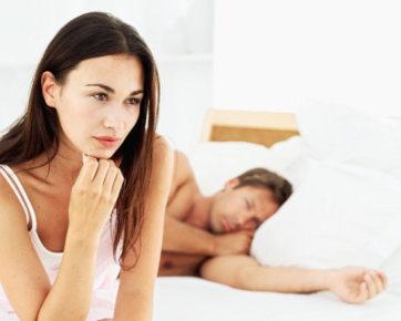 Usia 35: Pria Kesepian, Wanita Mulai Merasa Bosan