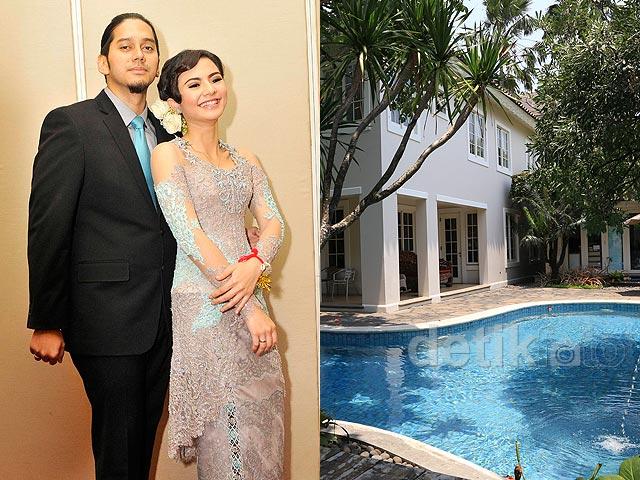 "Foto-foto Pernikahan Eriska Rein, Mengintip Isi ""Istana"" Lenny Agustin"