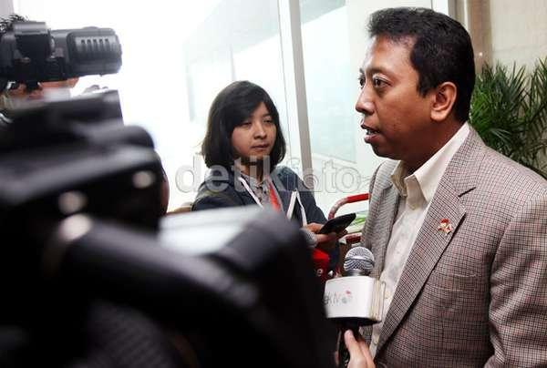 Ketum PPP Romahurmuziy Hd: Kasus Hutan Riau, KPK Panggil Ketum PPP Romahurmuziy