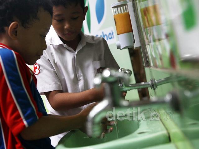 500 Fasilitas Cuci Tangan Akan Dibangun di Sekolah