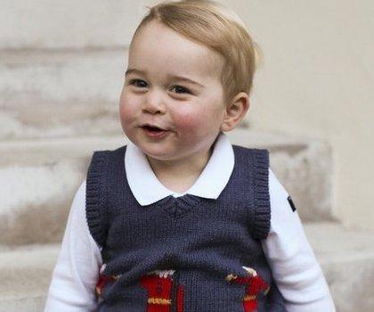 Lucunya Pangeran George Berfoto Untuk Edisi Natal