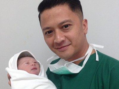 Dukungan Ferry Maryadi untuk Deswita Maharani Pasca Melahirkan