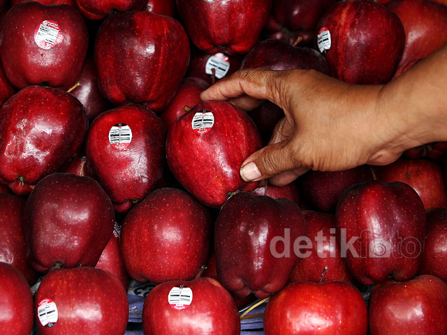 Apel AS Berbakteri, Pedagang Buah Sepi Pembeli