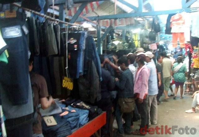 Kemendag: Pakai Baju Bekas Impor, Bisa Kena Penyakit Saluran Kelamin