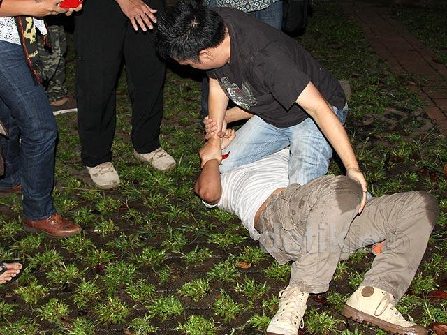 Twitwar Berujung Duel di Istora Senayan