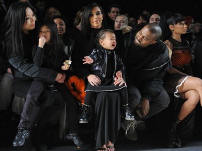 Sang Putri Nangis Saat Nonton <i>Fashion Show</i>, Ini Kata Kanye West