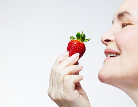 <i>MIND</i>, Cara Berdiet Baru untuk Kurangi Risiko <i>Alzheimer</i>