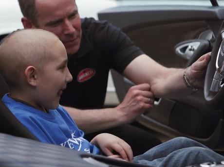 Girangnya Bocah Penderita Leukemia Bisa Kendarai Mobil Tercepat Dunia