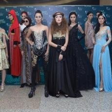 Nikmati Infinite Voyage di Surabaya Fashion Parade