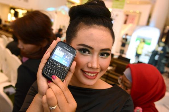 BBM Money Banjir Diskon, iPhone 5S Dihargai Rp 100 Ribu