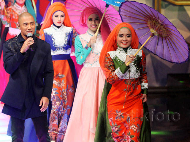 Marcell Dikelilingi 8 Finalis Sunsilk Hijab Hunt 2015