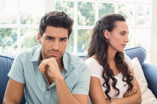 Ribut dengan Pasangan Terbukti Memicu Konsumsi Makanan Tak Sehat